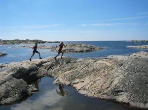 Location: Marstrand, Sweden. Runners: triathlon & multisport couple Eva Nyström & Martin Flinta. Photo: Fredrik Ölmqvist