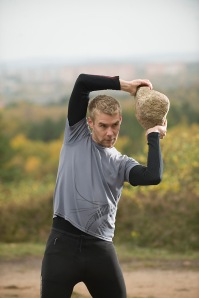 strong shoulders: roll the stone aroung the head in both directions for best workout